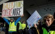 Число пострадавших при протестах во Франции превысило 400 человек