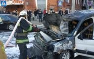 В центре Харькова на ходу загорелось авто