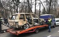 Под Раду привезли сожженный автомобиль лидера
