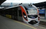 Поезд Перемышль-Киев опоздал на три часа из-за сумки