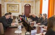 Украина и Венгрия обсудили совместный контроль на границе