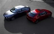 Mazda представила нове покоління трійки