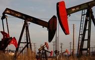 Цена на нефть Brent рекордно упала за десять лет