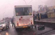 В Ужгороде у маршрутки на ходу отвалилось колесо