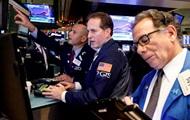 Биржи США потеряли до 3%