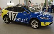 У Швейцарії поліція їздитиме на нових Tesla