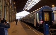 Потягом Мукачеве-Будапешт скористалися десять пасажирів