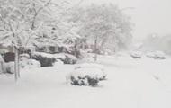 Снежный шторм в США: без света 380 тысяч домов