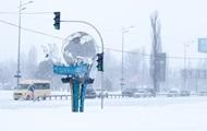 В Киев начали пускать грузовики