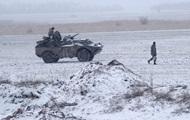 Армия до конца года получит более 200 единиц техники - Полторак