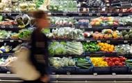 Украинцы стали больше тратить на еду и алкоголь