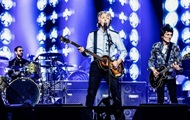 Участники The Beatles воссоединились на сцене