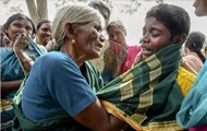 В Индии от отравления едой в храме погибли 15 человек