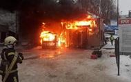 В Киеве горел прокат лыж на Протасовом Яру