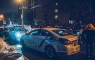 В центре Киева мужчина с собаками убил водителя