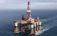 Нефть завершает неделю активным ростом за три года