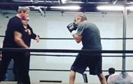 Сталлоне опубликовал видео спарринга с Де Ниро