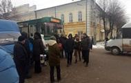 В Житомире протестующие перекрыли дорогу в центре города