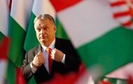 """Орбан заявил, что """"должен бороться"""" с Макроном ради Венгрии"""