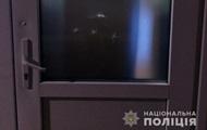 Житель Киева обстрелял двери школы