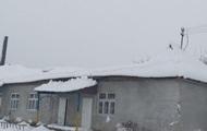 Непогода на Закарпатье: от снега обрушилась крыша в школе