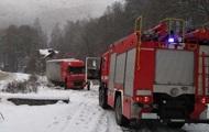 В Ужгороде из-за снега обрушилась крыша пятиэтажки