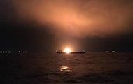 Пожар судов в Керченском проливе: из воды подняли тело моряка