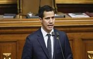 В Венесуэле глава парламента объявил себя и. о. президента