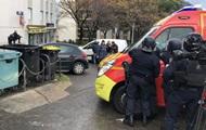 На Корсике пожилой мужчина открыл стрельбу на улице