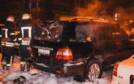 В Киеве на парковке подожгли авто