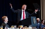 """""""Усердно работаю"""": Трамп доволен своим рейтингом"""