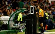 В матчах Лиги чемпионов впервые главному арбитру будут помогать видеоассистенты