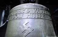 Церковь в Германии попала под суд за колокола со свастикой