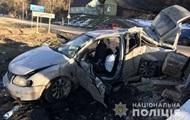На Львівщині легковик зніс пост прикордонників, є жертви