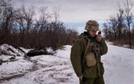 За добу на Донбасі поранені четверо військових