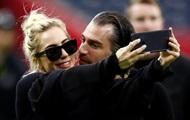 Леди Гага рассталась с женихом - СМИ