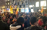 В Каталонии проходит масштабная акция протеста