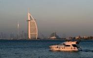Гражданам ОАЭ простили почти $100 млн долгов