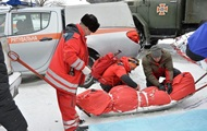 Спасение туристов в Карпатах: трое спасателей обратились в больницу