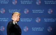 Вылет Трампа из Вьетнама задержали из-за сломавшегося трапа