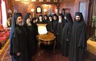 ПЦУ отдает свои зарубежные приходы Константинополю