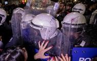Марш феминисток в Стамбуле разогнали газом