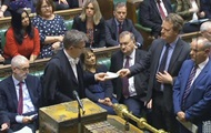 Парламент Британии перенес дату Brexit