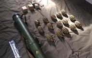 В Ровенской области нашли тайник с гранатами и РПГ