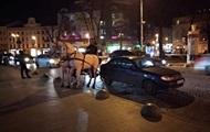 Во Львове пьяный извозчик кареты устроил ДТП
