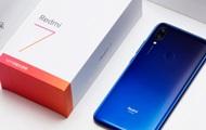 Xiaomi представила сверхбюджетный смартфон Redmi 7