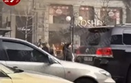 В центре Киева подожгли второй магазин Roshen