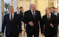 Назарбаев обсудил свою отставку с Путиным и Лукашенко