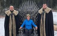 Поклонники Игры престолов нашли пять тронов