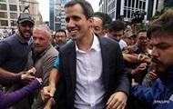Мадуро и Гуайдо призвали венесуэльцев к демонстрациям